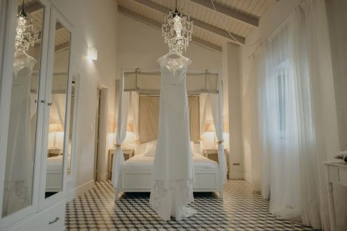 nerja wedding jardines del trapiche bridal suite  (1)