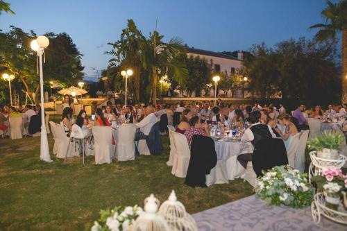 nerja wedding jardines del trapiche dinner (11)